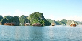 halong-vietnam-holiday-Oriental-Colours.jpg
