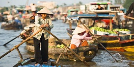 cai-rang-floating-market-mekong-delta-tour-vietnam-adventure-Oriental-Colours--1-.jpg