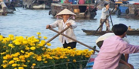 Floating-Market-Mekong-Delta-River-Viet-Nam-Package-Tours-Oriental-Colours--1-.jpg