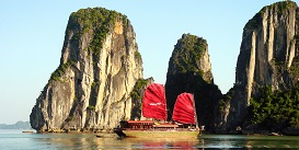 halong-bay-vietnam-tour-packages-Oriental-Colours.jpg
